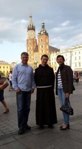 br. Paweł z Krzysztofem i Moniką Korneckimi